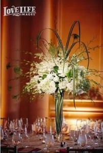 cake, cake spotlight, wedding, diy, centerpieces, flowers, flower centerpieces, amber uplighting, uplighting, uplights