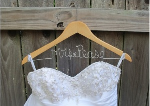 wedding, wedding name hanger, hanger, diy, wedding dress