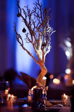Mistletoe Kisses & Warm Wishes