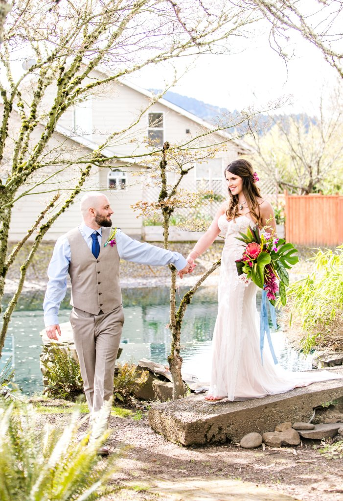 N135_The-Water-Oasis-wedding-photo,CorinaSilvaStudios-121